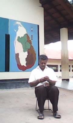 Mohan infront of Sri Lanka's Provincial Map